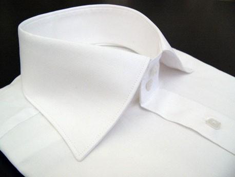Col blanc